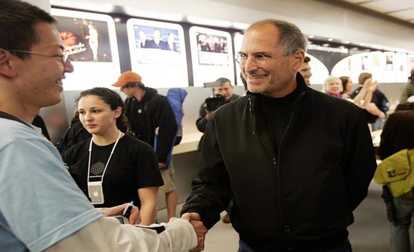 Steve Jobs: His Unique Customer Experience Strategy