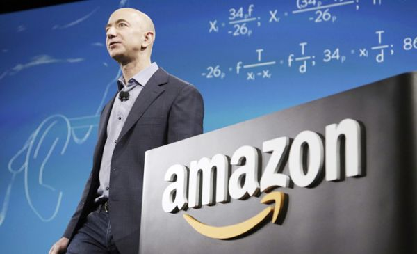 How Amazon Outmaneuvers Its Rivals